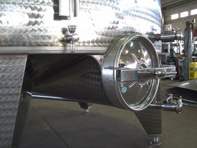 Serbatoio di svinatura guarnotta for Scatolati in acciaio inox